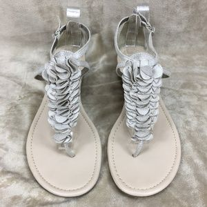 NEW 🌺 Neutral EXPRESS sandal w/ Ruffle accents!